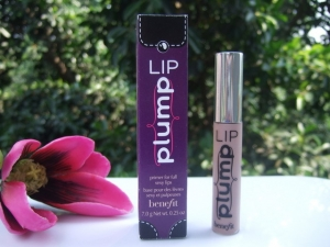 Offers on Benefit Makeup Lip Plump Primer For Full Sexy Lips 7.0G 0.25Oz