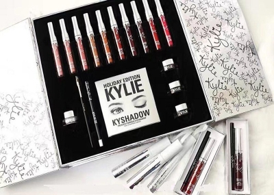 Kylie Holiday Big Gift Box Edition Limited Kit Wholesale